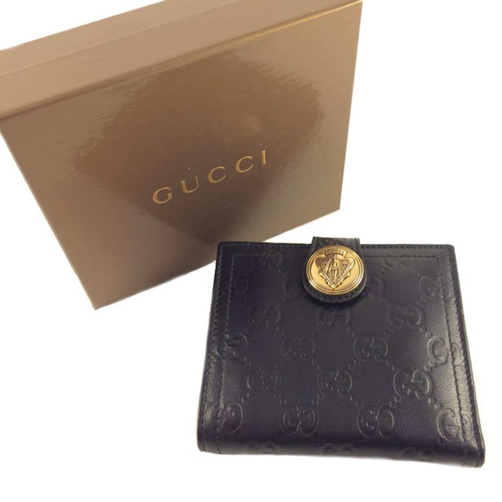 d5f82e63ff5 GUCCI 190349-AA61G-1000 BLACK GOAT LEATHER CLASSIC GG LADY SHORT ...